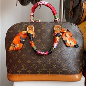 ⭐️price is firm⭐️Louis Vuitton Alma PM
